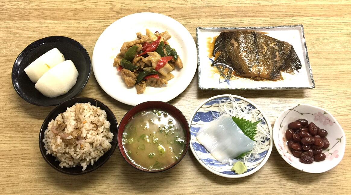 天然舞茸を使った夕食紹介(ビジネスホテル レストコーポ西浜)