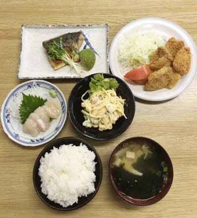 10月到来!!夕食の献立は☆(ビジネスホテル レストコーポ西浜)